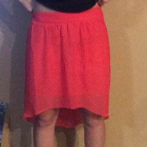 Junior high low skirt. New with tags. Pink.